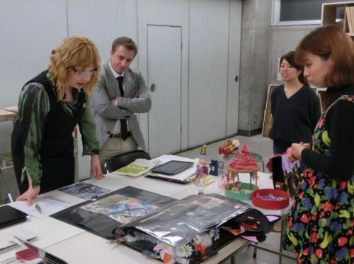 春の、すいどーばた美術学院でのUCA芸術大学インタビューの模様